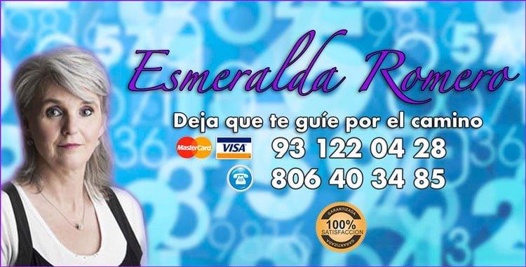 Esmeralda Romero - numerologa y tarotista