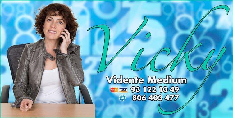 Vicky - numerologa y tarotista